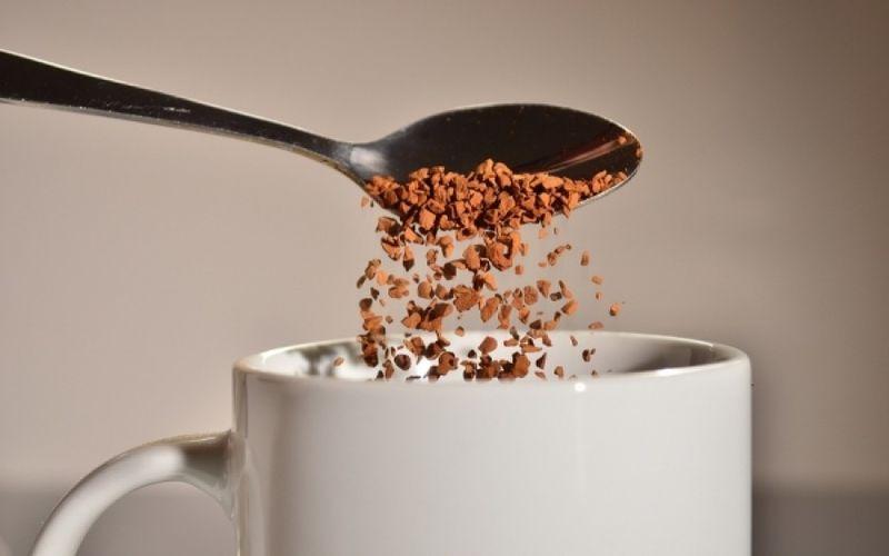 Растворимый кофе с ароматами от компании Leader Coffee